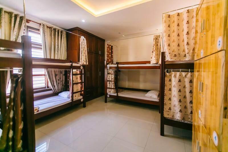 So sánh Hostel với các loại hình khác